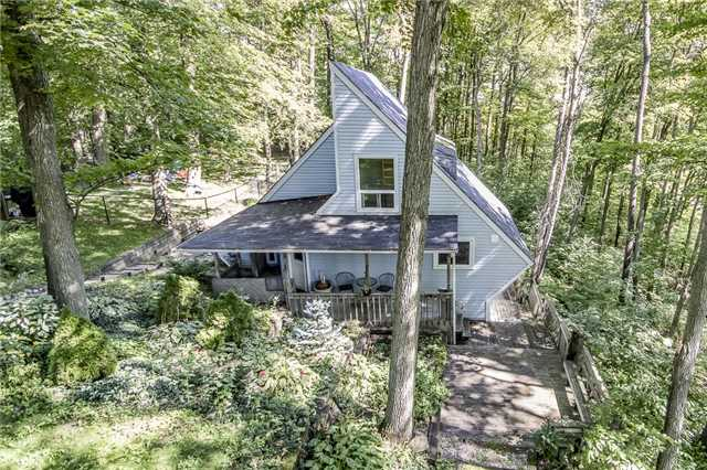 Detached at 11 Mohawk Hts, Oro-Medonte, Ontario. Image 1