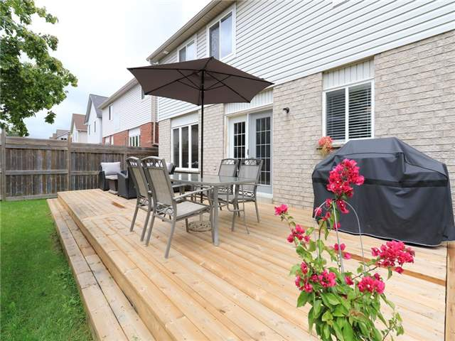 Detached at 15 Brookwood Dr, Barrie, Ontario. Image 11