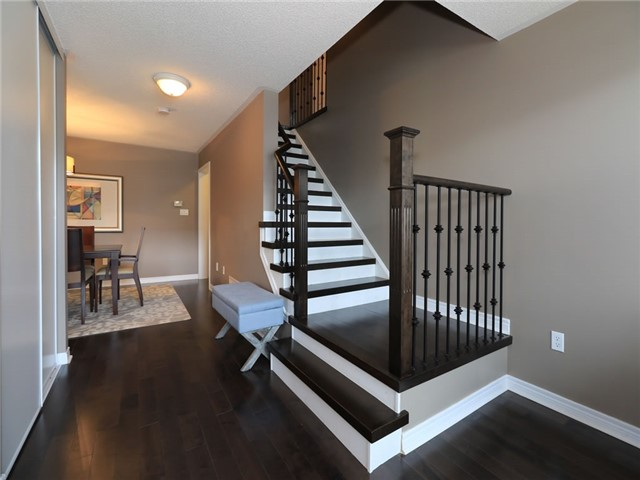 Detached at 15 Brookwood Dr, Barrie, Ontario. Image 12