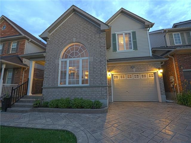 Detached at 15 Brookwood Dr, Barrie, Ontario. Image 8