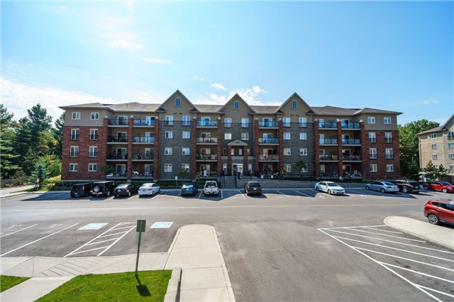 Condo Apartment at 43 Ferndale Dr, Unit 212, Barrie, Ontario. Image 1