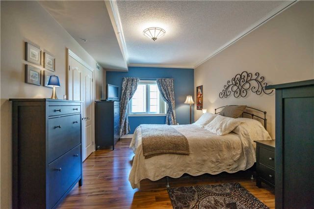 Condo Apartment at 43 Ferndale Dr, Unit 212, Barrie, Ontario. Image 20