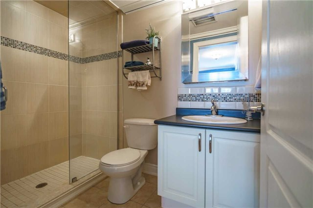 Condo Apartment at 43 Ferndale Dr, Unit 212, Barrie, Ontario. Image 2