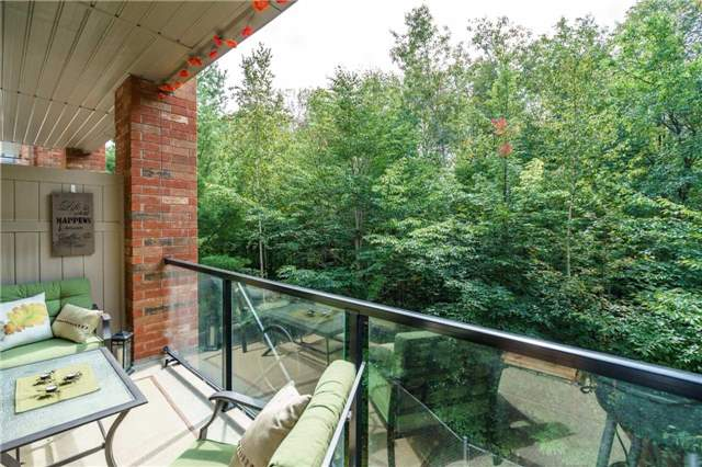 Condo Apartment at 43 Ferndale Dr, Unit 212, Barrie, Ontario. Image 9