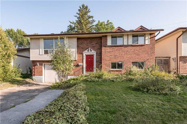 Detached at 39 Janice Dr, Barrie, Ontario. Image 1