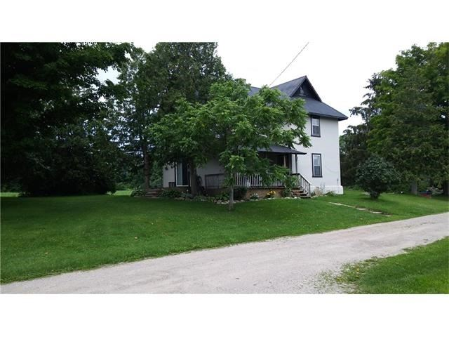 Detached at 1086 Ridge Rd E, Oro-Medonte, Ontario. Image 1