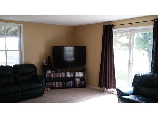 Detached at 1086 Ridge Rd E, Oro-Medonte, Ontario. Image 13