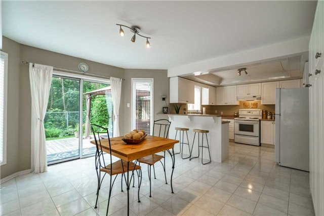 Detached at 41 Benson Dr, Barrie, Ontario. Image 10
