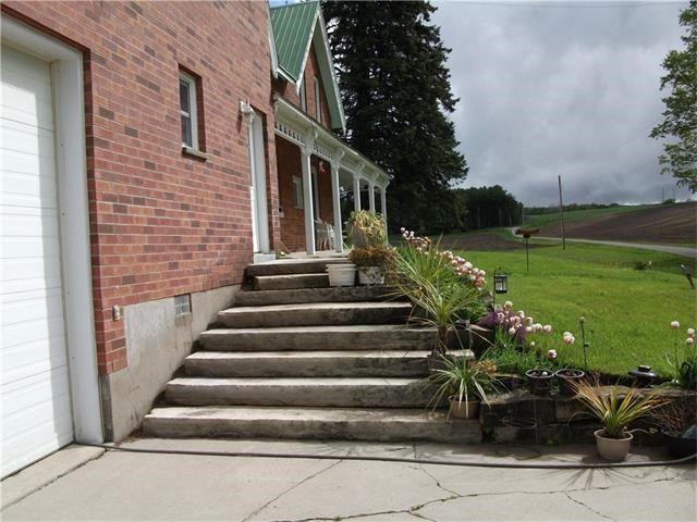 Farm at 1514 9 Line N, Oro-Medonte, Ontario. Image 5