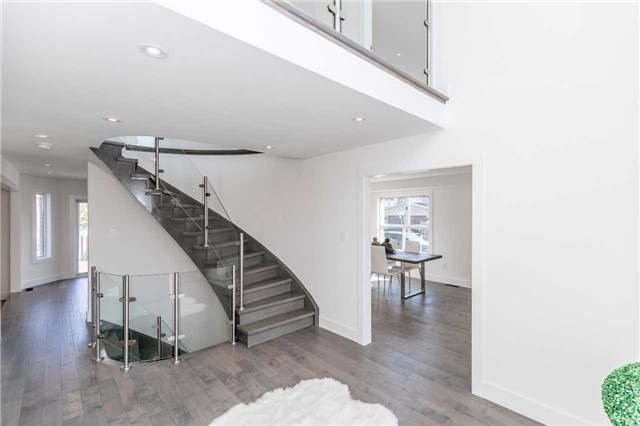 Detached at 9 Carley Cres, Barrie, Ontario. Image 15