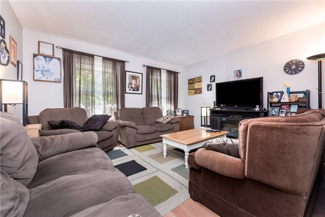 Semi-detached at 55C Chaucer Cres, Barrie, Ontario. Image 7