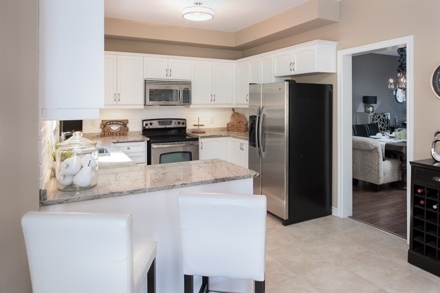 Detached at 29 Willow Fern Dr, Barrie, Ontario. Image 14