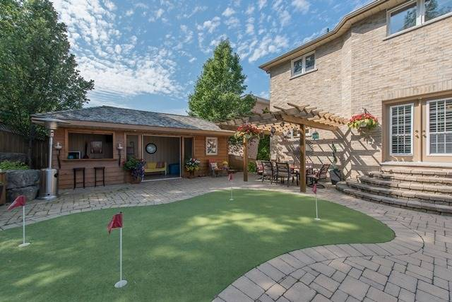 Detached at 29 Willow Fern Dr, Barrie, Ontario. Image 10