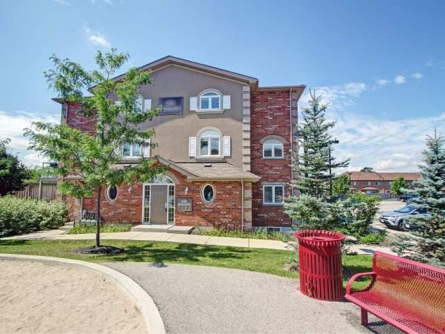 Condo Townhouse at 135 Sydenham Wells Rd, Unit 3, Barrie, Ontario. Image 10