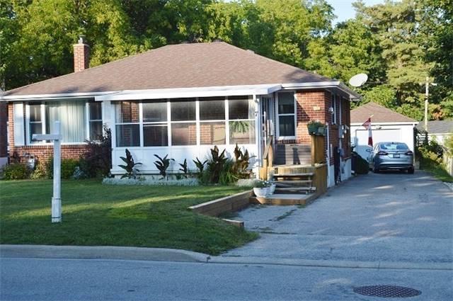 Detached at 7 Aleda St, Barrie, Ontario. Image 1