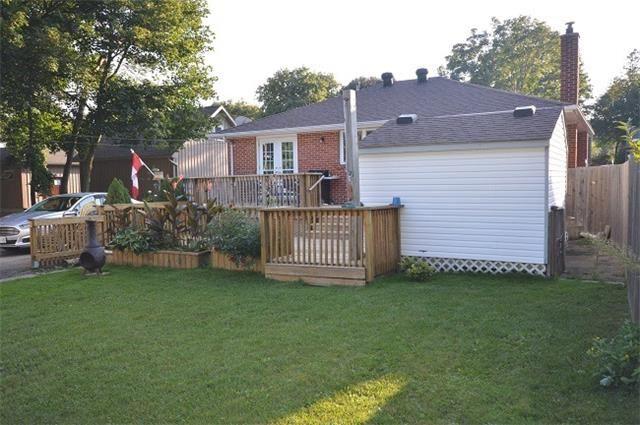 Detached at 7 Aleda St, Barrie, Ontario. Image 7
