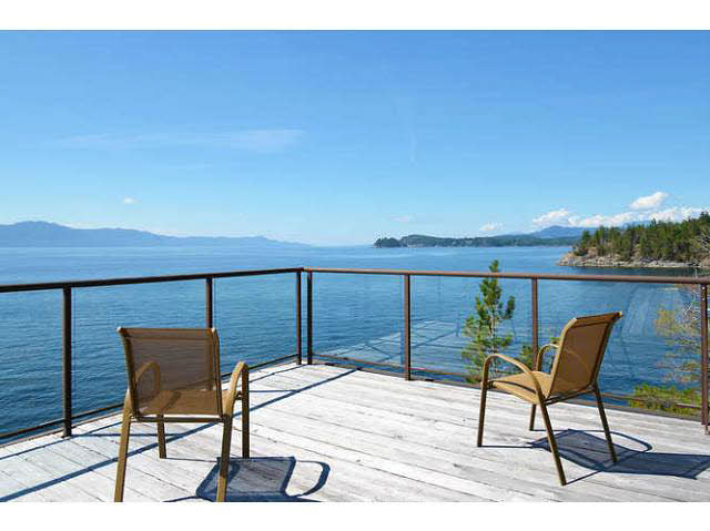 Detached at 11579 SUNSHINE COAST HIGHWAY, Sunshine Coast, British Columbia. Image 6