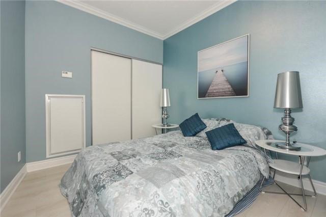 Condo Apartment at 80 Marine Parade Dr, Unit 114, Toronto, Ontario. Image 5