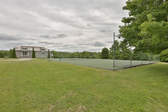 Detached at 8350 Appleby Line, Milton, Ontario. Image 13