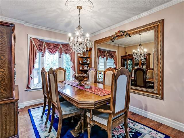 Detached at 148 Hollyrood Heights Dr, Mississauga, Ontario. Image 14