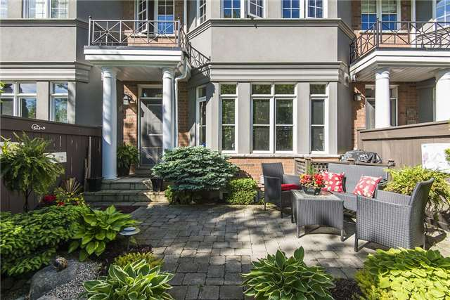 Condo Townhouse at 85 Church St, Unit 4, Mississauga, Ontario. Image 6