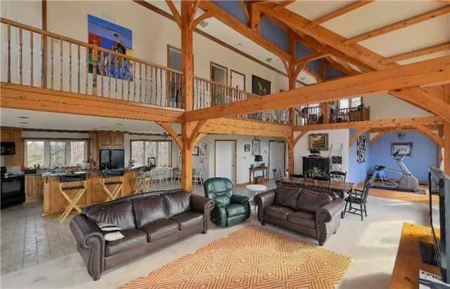 Detached at 9231 Finnerty Sdrd, Caledon, Ontario. Image 11