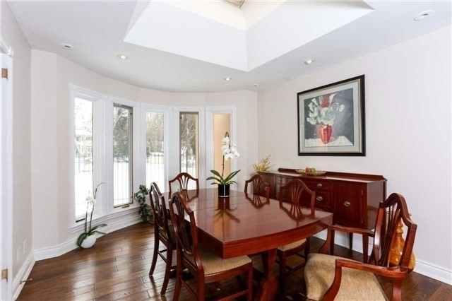 Detached at 1373 Aldo Dr, Mississauga, Ontario. Image 13