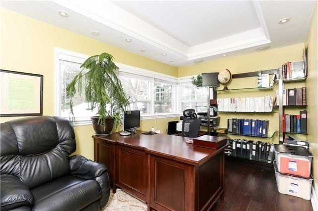 Detached at 1373 Aldo Dr, Mississauga, Ontario. Image 18