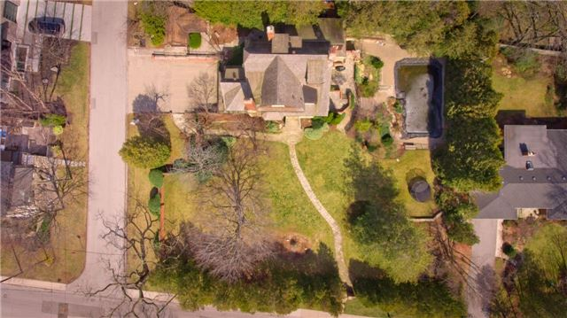 Detached at 135 Watson Ave, Oakville, Ontario. Image 15