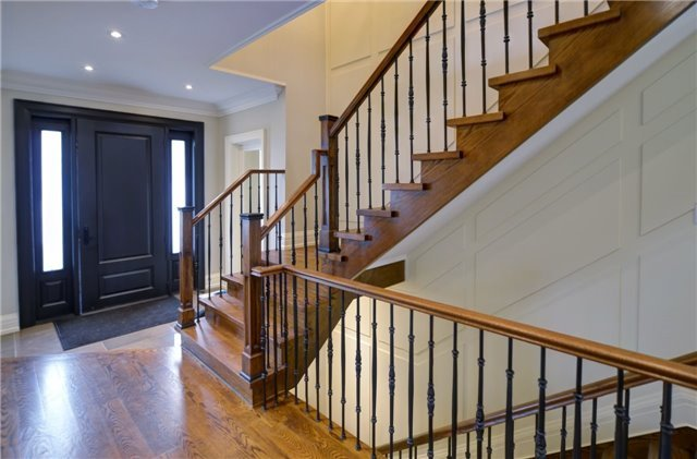 Detached at 462 Patricia Dr, Oakville, Ontario. Image 12