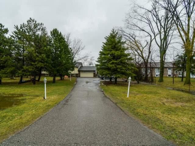 Detached at 12777 Mississauga Rd, Caledon, Ontario. Image 12