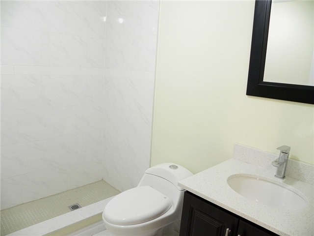 Condo Townhouse at 35 Four Winds Dr, Unit 11, Toronto, Ontario. Image 5