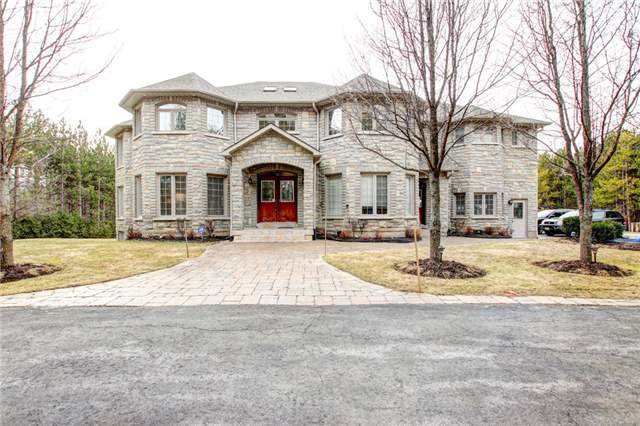 Detached at 4 Dempsey Crt, Caledon, Ontario. Image 1