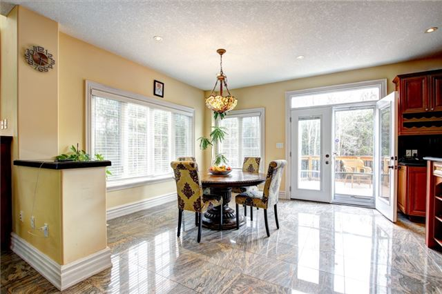 Detached at 4 Dempsey Crt, Caledon, Ontario. Image 17