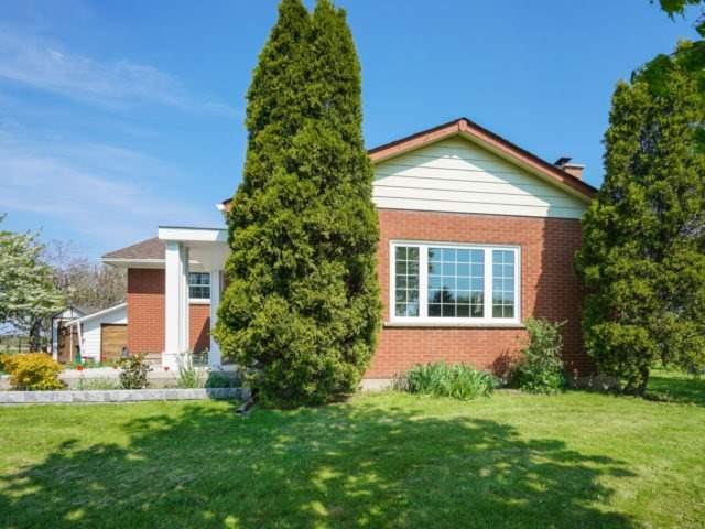 Detached at 211 Burnhamthorpe Rd W, Oakville, Ontario. Image 12