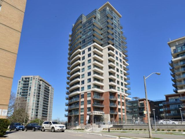 Condo Apartment at 25 Fontenay Crt, Unit 509, Toronto, Ontario. Image 1