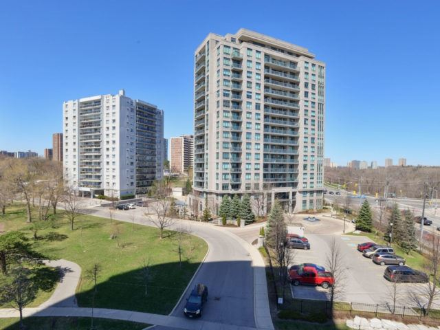 Condo Apartment at 25 Fontenay Crt, Unit 509, Toronto, Ontario. Image 5