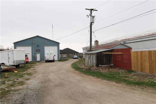 Farm at 4211 Cedar Springs Rd, Burlington, Ontario. Image 7