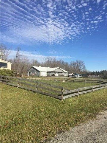 Rural Residence at 5137 King St E, Caledon, Ontario. Image 3
