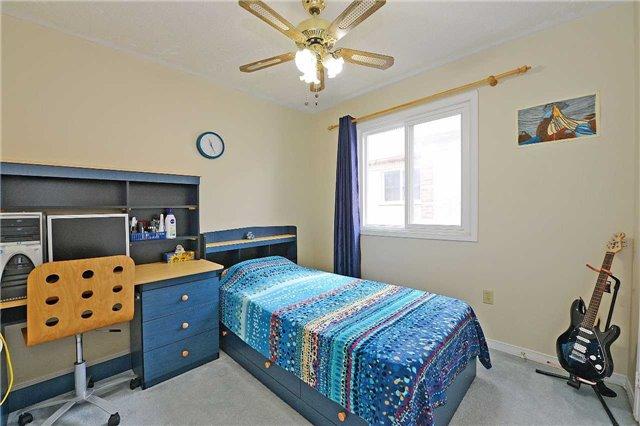 Condo Townhouse at 115 Millstone Dr, Brampton, Ontario. Image 8