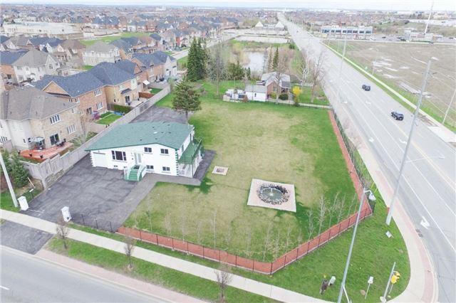 Detached at 9021 Mcvean Dr, Brampton, Ontario. Image 10