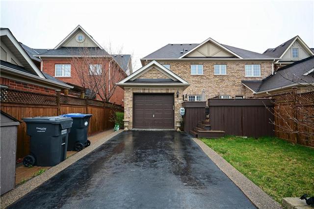 Townhouse at 3473 Eglinton Ave W, Mississauga, Ontario. Image 11