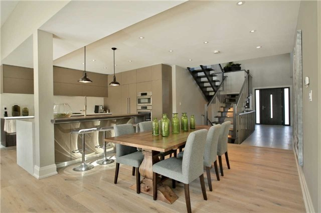 Detached at 396 Sandlewood Rd, Oakville, Ontario. Image 15