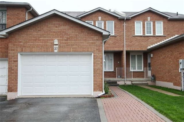 Townhouse at 27 Cutters Cres, Brampton, Ontario. Image 1