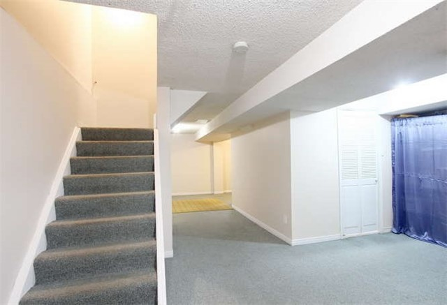 Townhouse at 27 Cutters Cres, Brampton, Ontario. Image 5