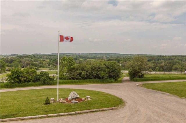 Detached at 9759 Castlederg Sdrd, Caledon, Ontario. Image 10
