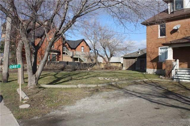 Detached at 2487 Old Bronte Rd, Oakville, Ontario. Image 3