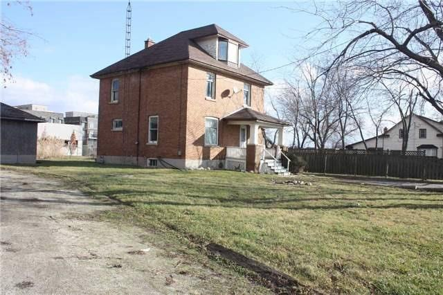 Detached at 2487 Old Bronte Rd, Oakville, Ontario. Image 4