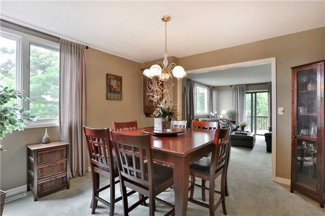 Detached at 269 Campbell Ave E, Milton, Ontario. Image 6