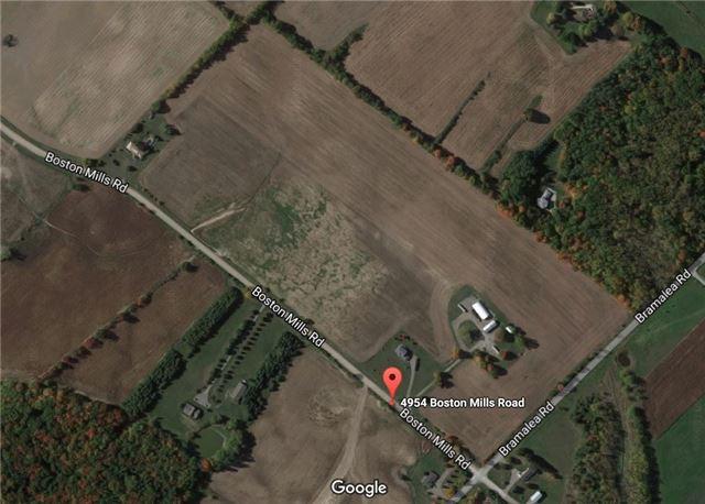Detached at 4954 Boston Mills Rd, Caledon, Ontario. Image 1
